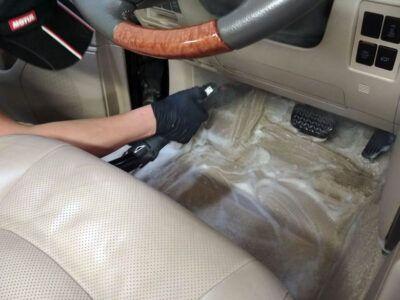 Химчистка напольного покрытия авто