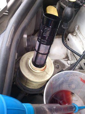 Замена масла в гидроусилителе руля Cadillac