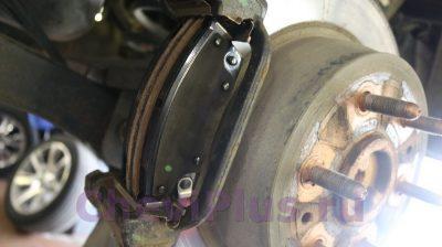Замена тормозных колодок Cadillac