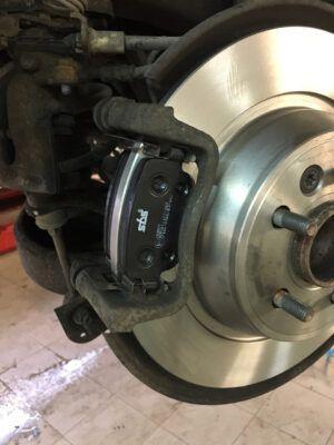 Замена тормозных дисков Ford