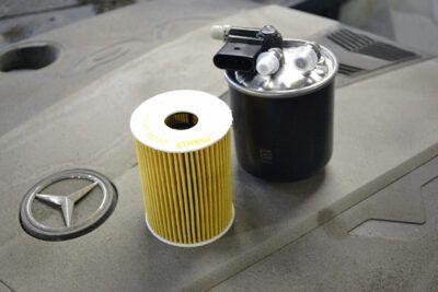 Замена топливного фильтра Mercedes