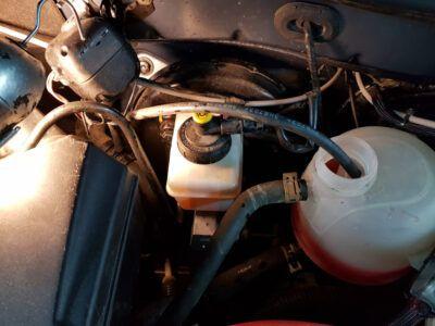 Замена тормозной жидкости Renault