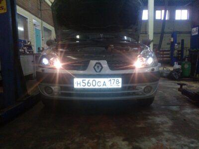 Регулировка света фар Renault