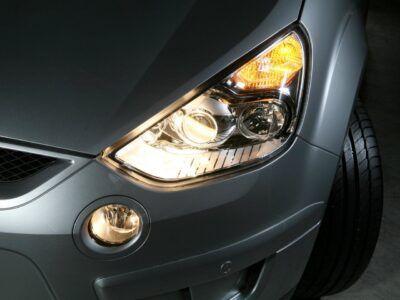 Ремонт фар и осветительных приборов Ford