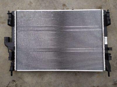 Замена радиатора охлаждения Renault