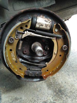 Замена тормозных барабанов Citroen