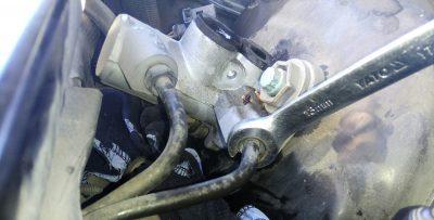 Замена главного тормозного цилиндра Audi