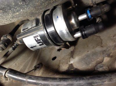 Замена топливного фильтра Bentley